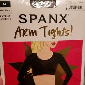 Arm tights